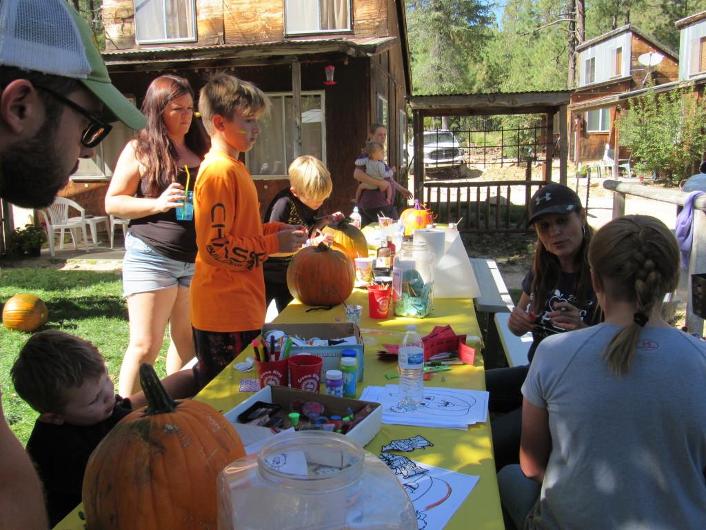 Crafts & Fun at the Pumpkin Patch